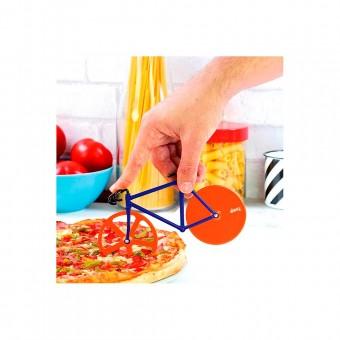 Pizza snijden met een fiets